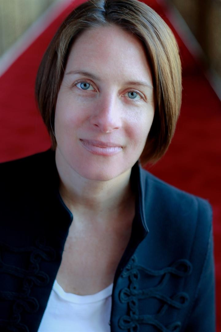 Pearce Nicole